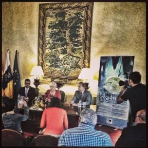 Un momento de la rueda de prensa de presentación de La Memoria Encendida en La Palma.