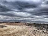 El camino de tierra que une La Punta y el principio de la zona militar / LUIS ROCA ARENCIBIA