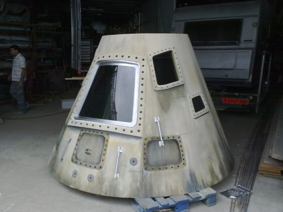 """Gustavo Benítez construyó una réplica del Apollo 11 para el corto """"Voice Over"""" (Martín Rosete, 2011), finalista en los premios Goya. / gb-escenografía"""