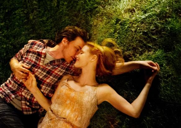 Jessica Chastain y protagonizan el filme sobre una mujer que sufre un golpe de los que cambian la vida.