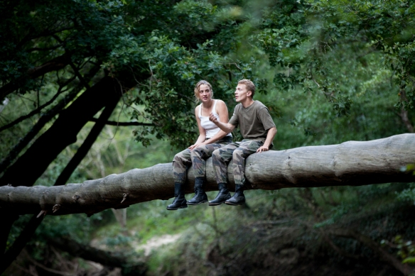 "Adèle Haenel y Kévin Azaïs comparten la insólita comedia romántica francesa ""Love At First Fight""."