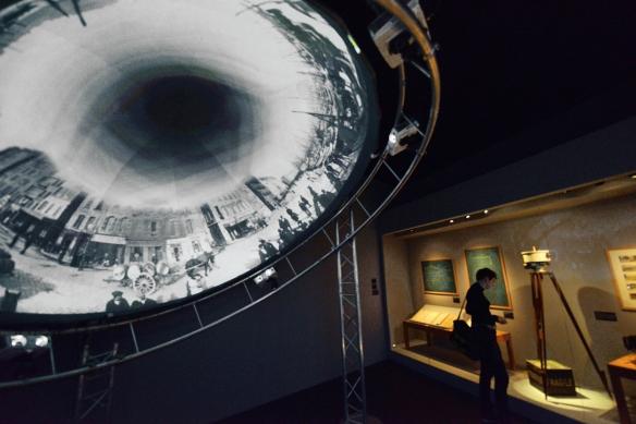 Ejemplos de fotografía en 360 grados desarrollada por los Lumière pueden proyectarse en la exposición. / LUIS ROCA ARENCIBIA