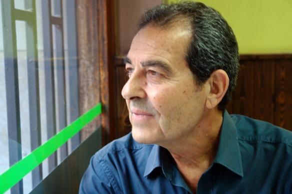 Miguel Aristu, en su cafetería / LUIS ROCA ARENCIBIA