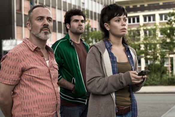 """Javier Gutiérrez, Pep Ambros y Anna Castillo, en """"El olivo"""" / MARINO SCANDURRA"""