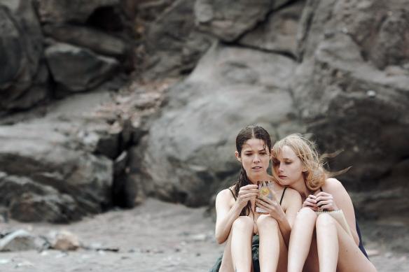 "Juana Acosta e Ingrd García-Johnson en una imagen de ""Acantilado"" / OAC"