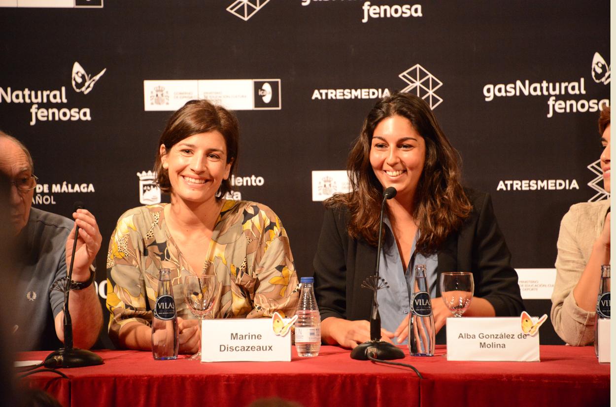 """Discazeaux y González de Molina en un momento de la rueda de prensa de """"Julie"""" en Málaga. / LUIS ROCA ARENCIBIA"""